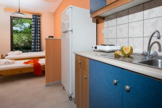 accommodation helen and theo studios kitchen