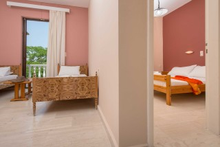 accommodation helen and theo studios triple rooms